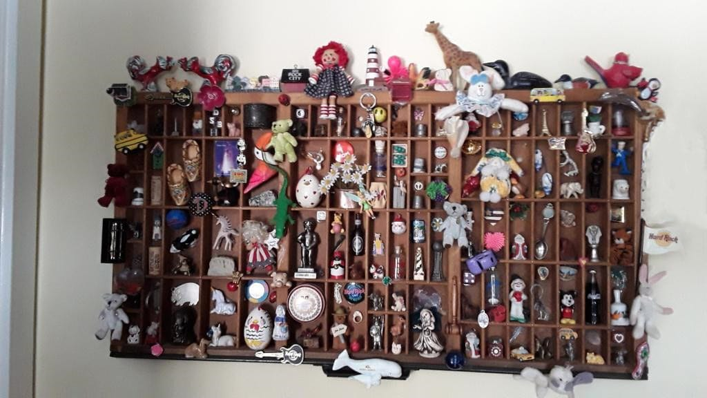 collection of knick knacks